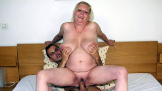 Chubby Previous Fuckslut Devours Boner