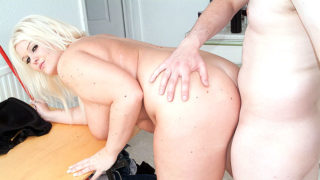 Huge-chested Fattie Copulatestared In Kitchen