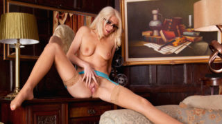 Lovely Blondie Mommy In